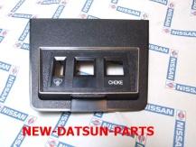 240Z console trim